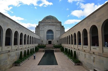 Военен паметник в столицата на Австралия