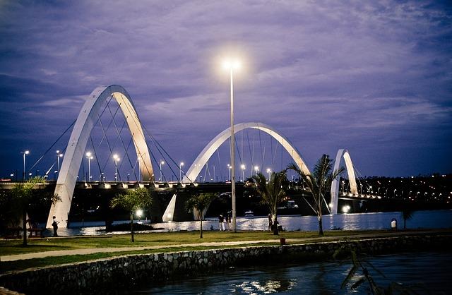 Мост в столицата на Бразилия