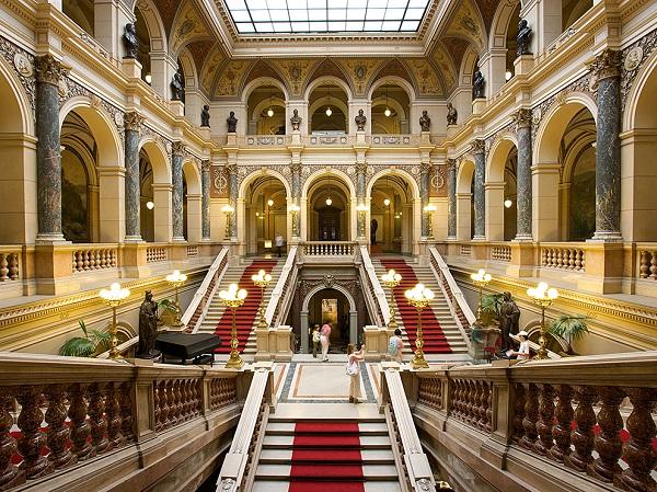 Национален музей в Прага