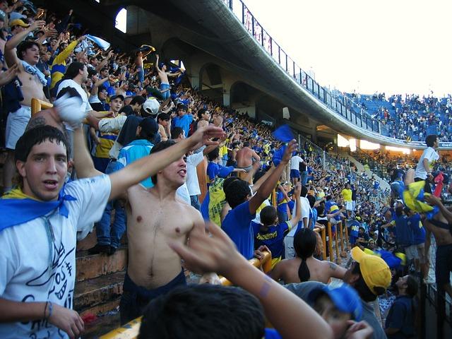 Футболни фенове