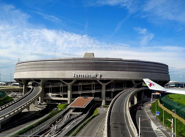 Париж летище Шарл дьо Гол