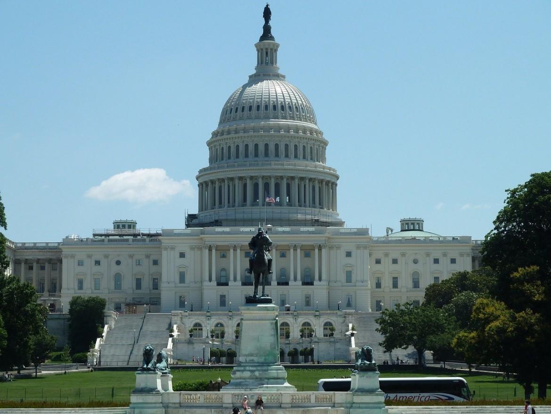 Вашингтон - столицата на САЩ   Столиците по света