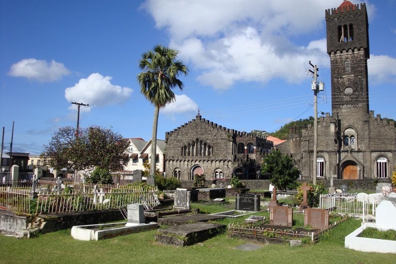 Кингстаун - столицата на Сейнт Винсент и Гренадини   Столиците по света