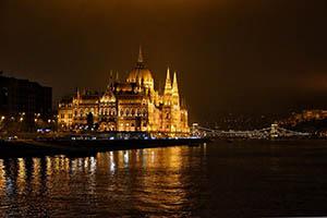 Будапеща Перлата на Дунав