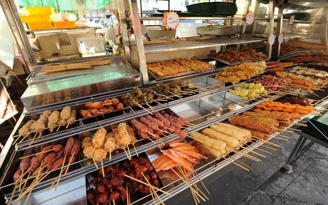 Храна на улицата в Малайзия